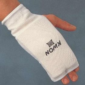 Kyokushin karate pirštinės (rankų apsaugos) KWON